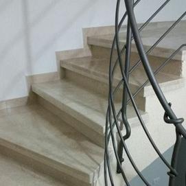 gallery-מדרגות-שיש