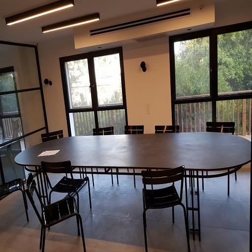 שולחן מפורצלן דקטון בחיפה