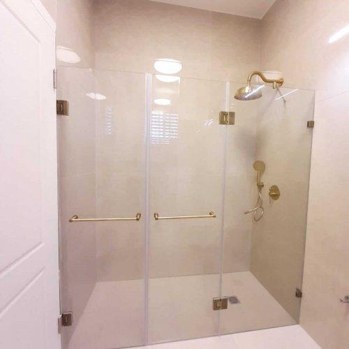 מקלחון פרזול מוזהב