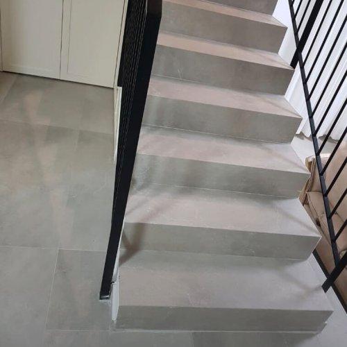 מדרגות פורצלן יחידה אחת רייזר בדלית אל כרמל